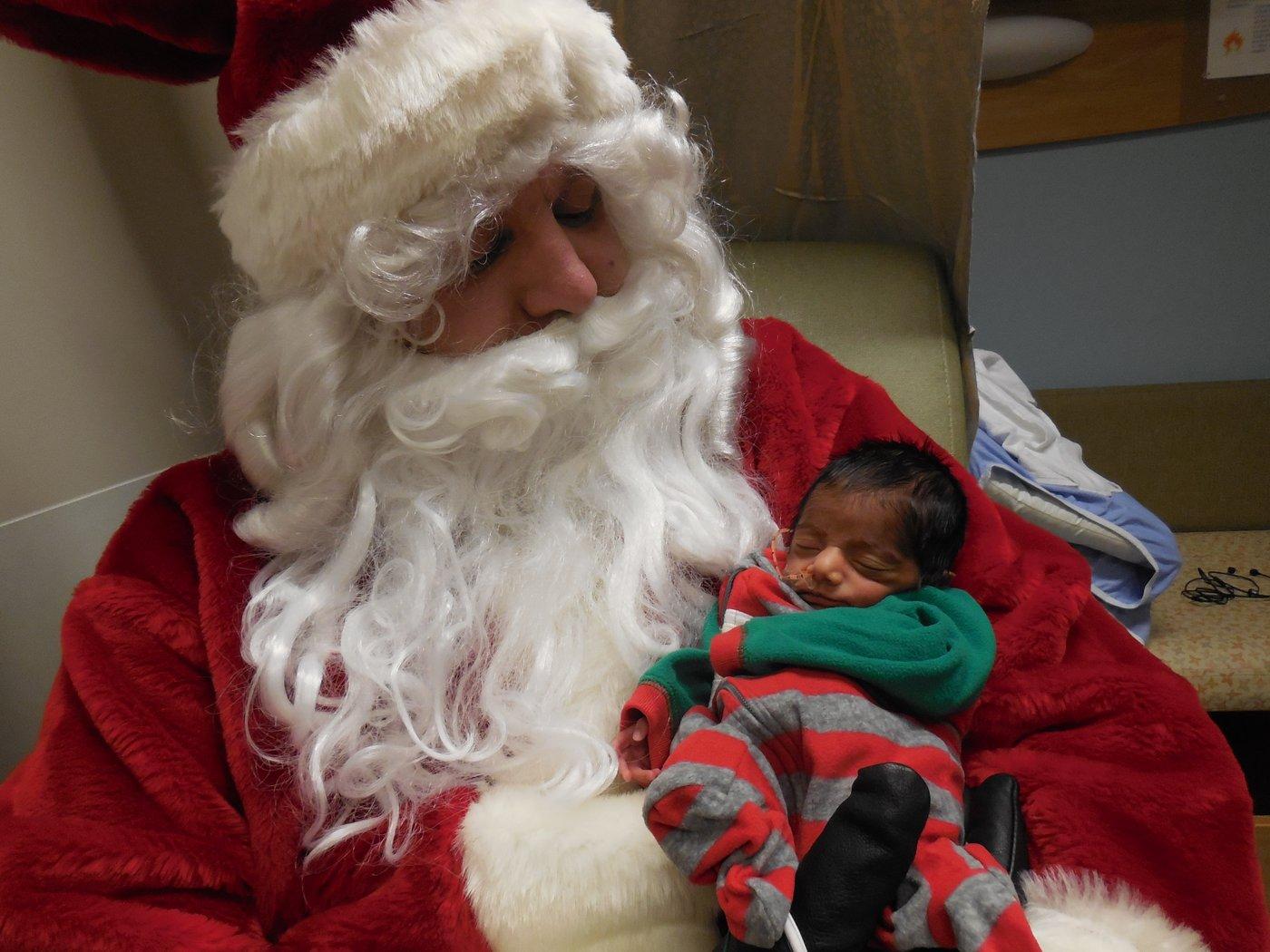 Santa Decks The Halls Of The Grey Nuns Hospital Nicu This